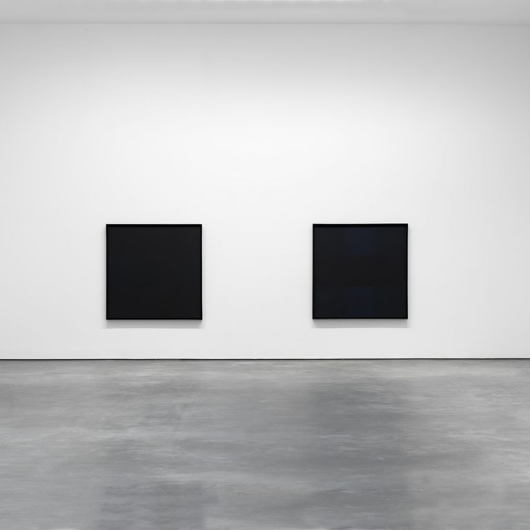 installation-view-ad-reinhardt-david-zwirner-new-york-2013_1